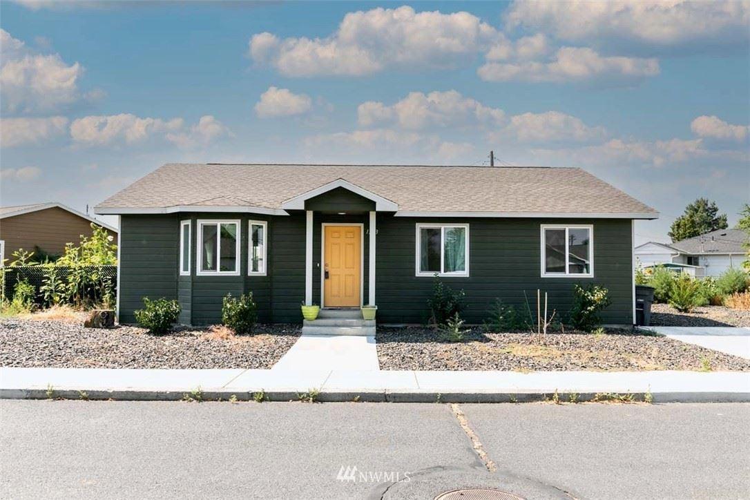 1253 Lowry Street, Moses Lake, WA 98837 - #: 1813176