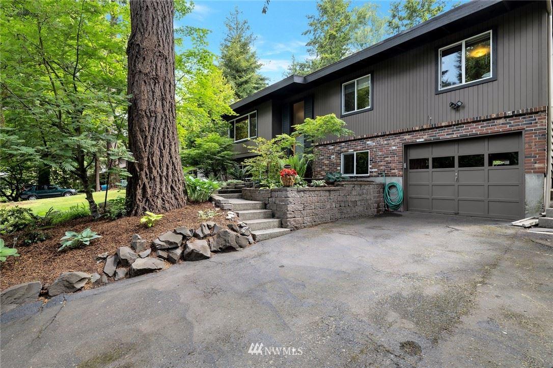 Photo of 14648 24th Avenue SW, Seattle, WA 98166 (MLS # 1773177)