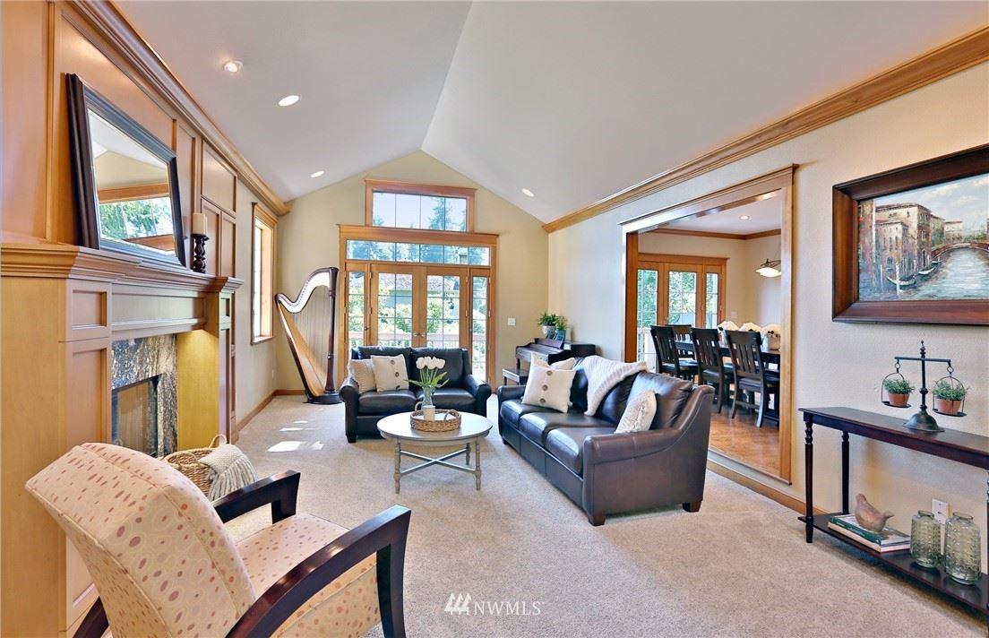 Photo of 4116 163rd Avenue SE, Bellevue, WA 98006 (MLS # 1782177)