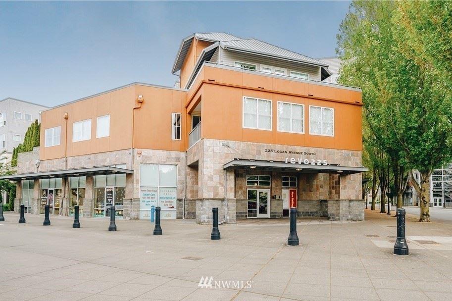 225 LOGAN Avenue S #205, Renton, WA 98055 - #: 1850177