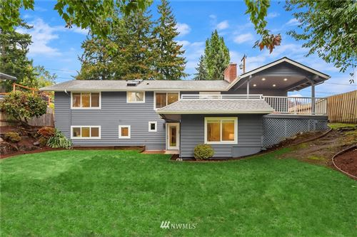 Photo of 1009 166th Avenue SE, Bellevue, WA 98008 (MLS # 1840181)
