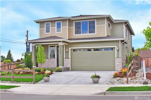 Photo of 129 180th Place SW #CT 17, Bothell, WA 98012 (MLS # 1626182)