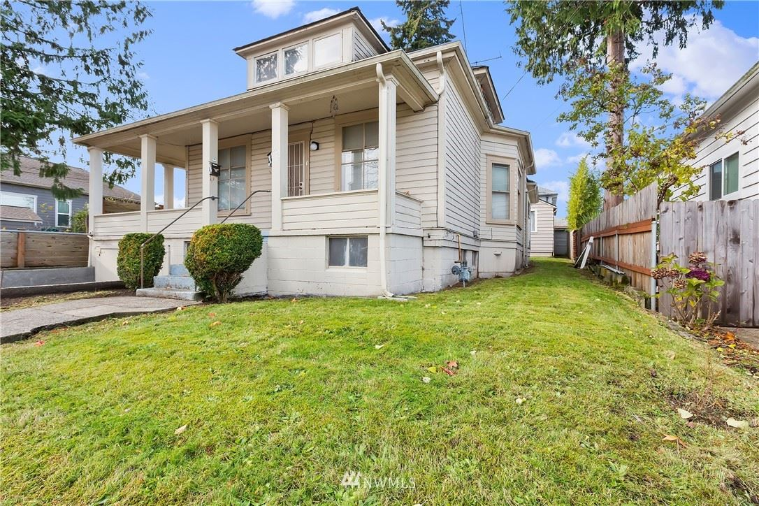 Photo of 903 Highland Avenue, Bremerton, WA 98337 (MLS # 1691182)