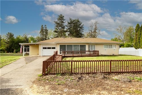 Photo of 1914 Carl Street, Walla Walla, WA 99362 (MLS # 1766183)