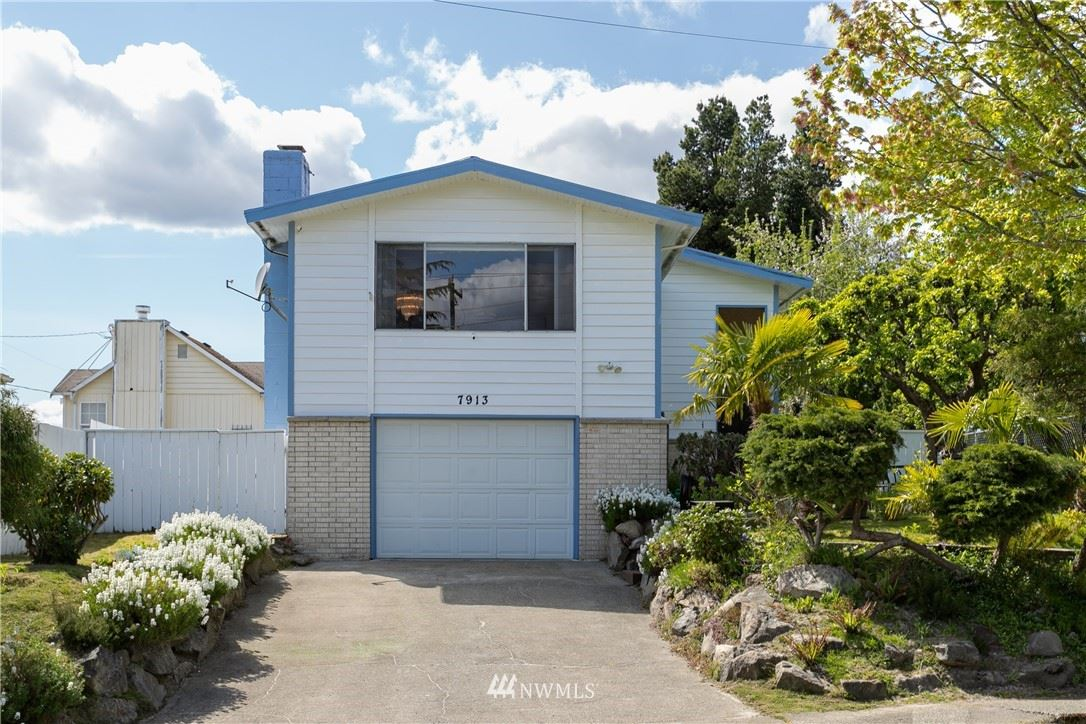 Photo of 7913 BEACON Avenue S, Seattle, WA 98118 (MLS # 1775183)