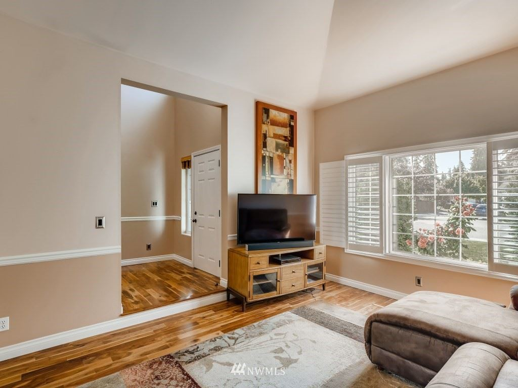 Photo of 1307 231st Street SE, Bothell, WA 98021 (MLS # 1783183)
