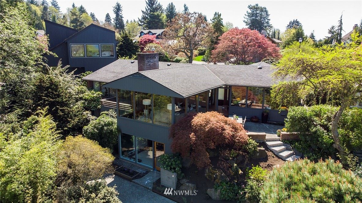 Photo of 1736 NW Greenbrier Way, Seattle, WA 98177 (MLS # 1762185)