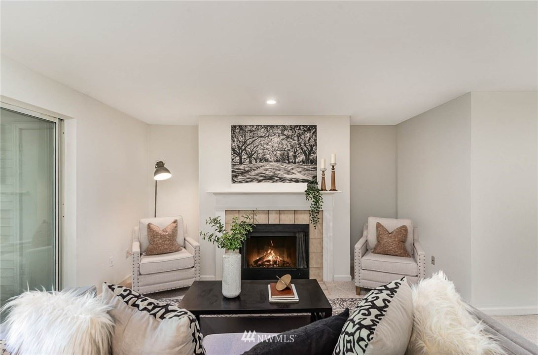 Photo of 23309 Cedar Way #Q 101, Mountlake Terrace, WA 98043 (MLS # 1782185)