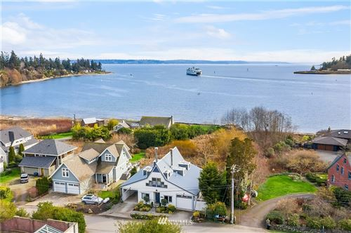 Photo of 1237 Hawley Way NE, Bainbridge Island, WA 98110 (MLS # 1732186)