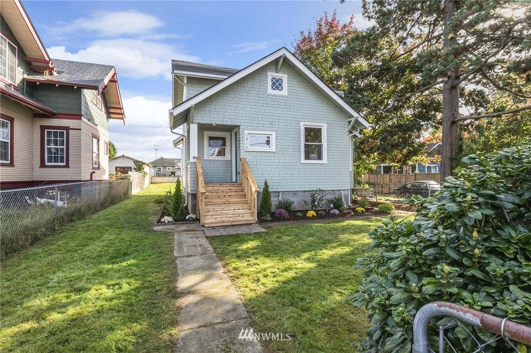 Photo of 1312 Elizabeth Avenue, Bremerton, WA 98337 (MLS # 1685187)