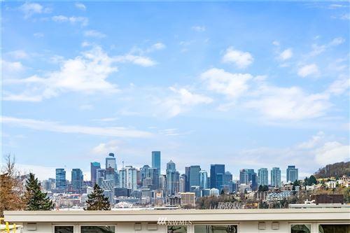 Photo of 3665 Interlake Avenue N #B, Seattle, WA 98103 (MLS # 1711188)