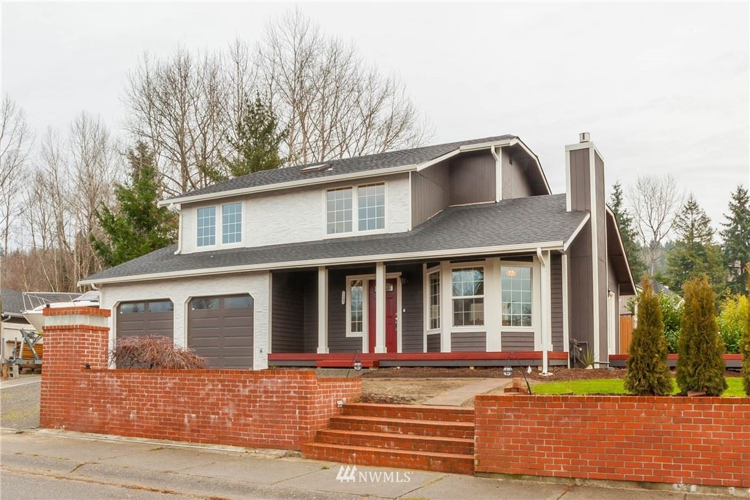 Photo of 1305 225th Place SW, Bothell, WA 98021 (MLS # 1751188)
