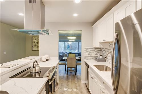 Photo of 12543 NE 23rd Place #D1, Bellevue, WA 98005 (MLS # 1718189)