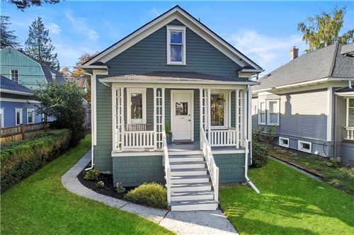 Photo of 5511 Brooklyn Avenue NE, Seattle, WA 98105 (MLS # 1855190)