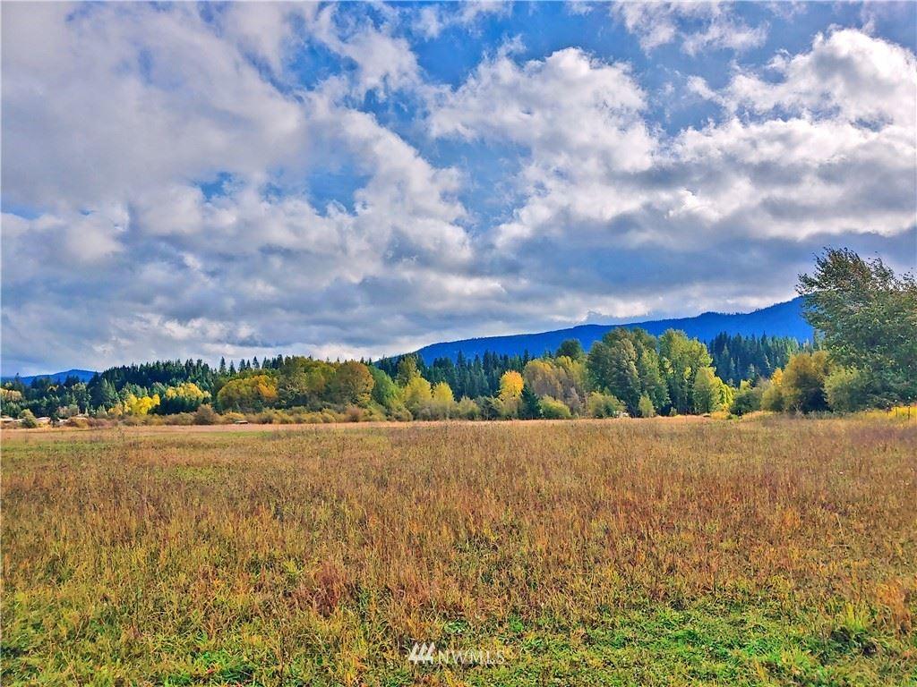 Photo of 0 Three Lakes Road, Cle Elum, WA 98922 (MLS # 1682190)