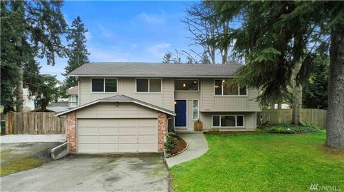 Photo of 31023 10th Ave SW, Federal Way, WA 98023 (MLS # 1582191)