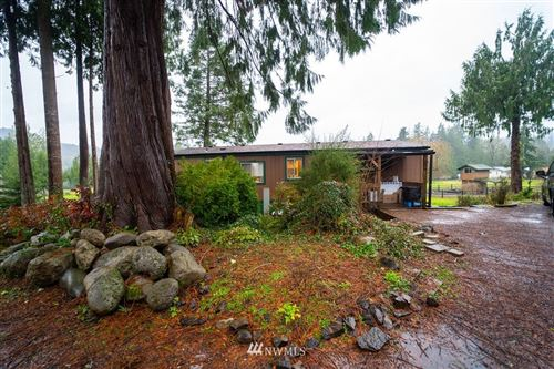 Photo of 1555 PH 10, Castle Rock, WA 98611 (MLS # 1717192)