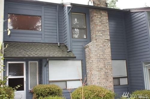 Photo of 1035 156TH AVE NE #4, Bellevue, WA 98007 (MLS # 1626193)