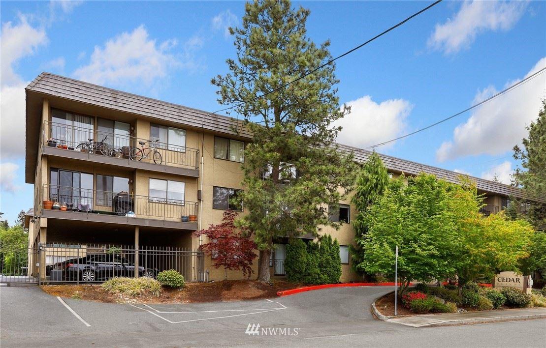 Photo of 750 N 143rd Street #320, Seattle, WA 98133 (MLS # 1780193)