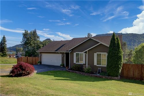 Photo of 24303 Lee Rd, Mount Vernon, WA 98274 (MLS # 1629196)