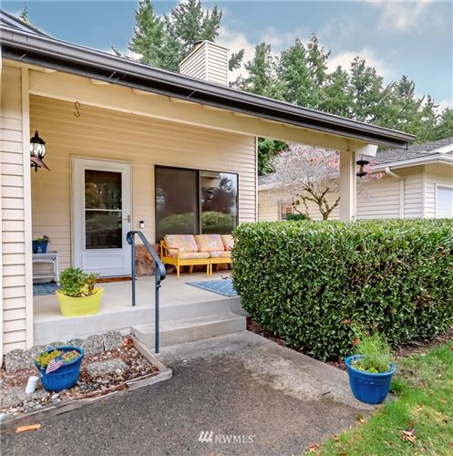 Photo of 932 245th Place, Des Moines, WA 98198 (MLS # 1858198)