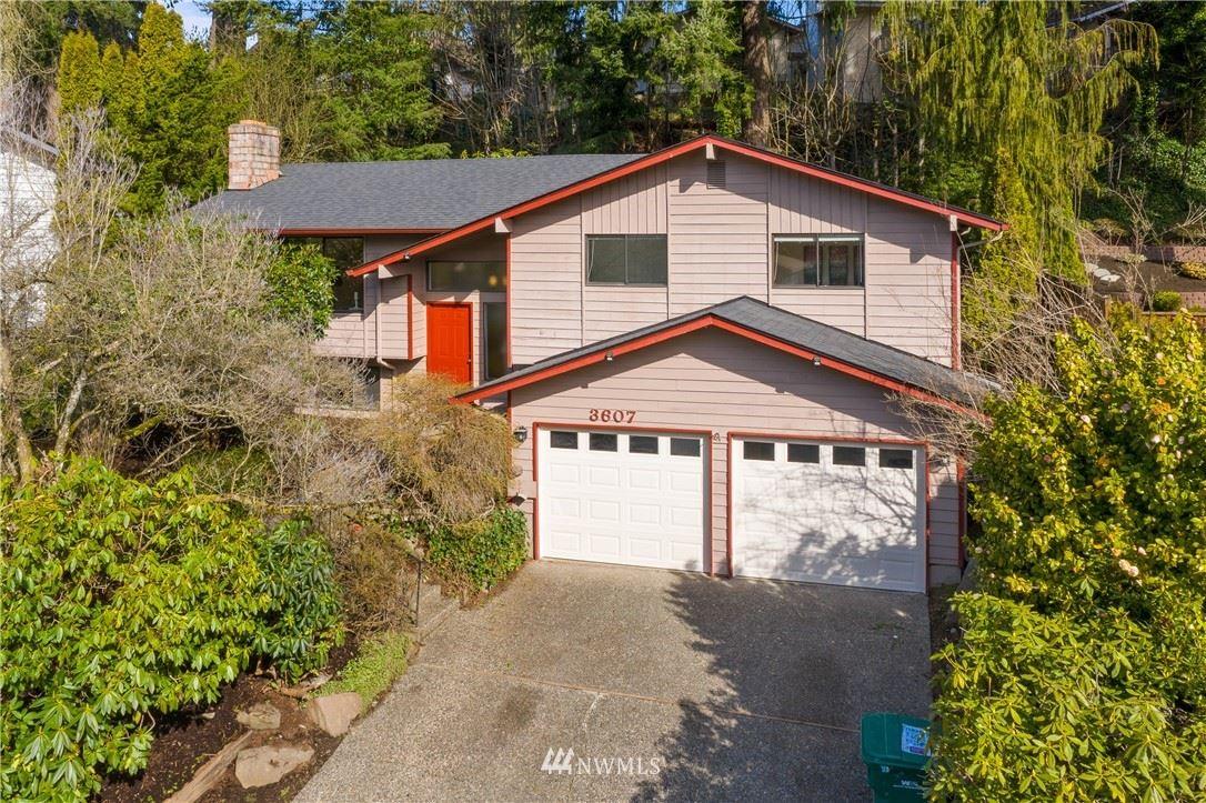 Photo of 3607 225th Place SW, Mountlake Terrace, WA 98043 (MLS # 1740198)