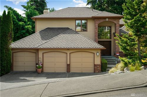 Photo of 6701 154th Place SE, Bellevue, WA 98006 (MLS # 1620201)
