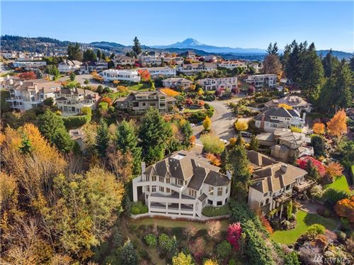 Photo of 5215 153rd Ct SE, Bellevue, WA 98006 (MLS # 1561203)