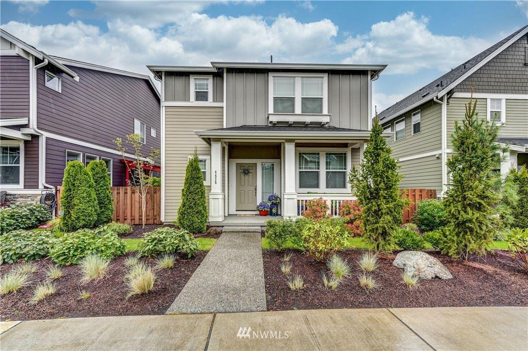 Photo of 4425 30th Drive SE, Everett, WA 98203 (MLS # 1764204)