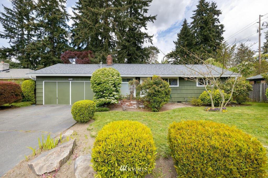 Photo of 2348 N 130th Street, Seattle, WA 98133 (MLS # 1771204)