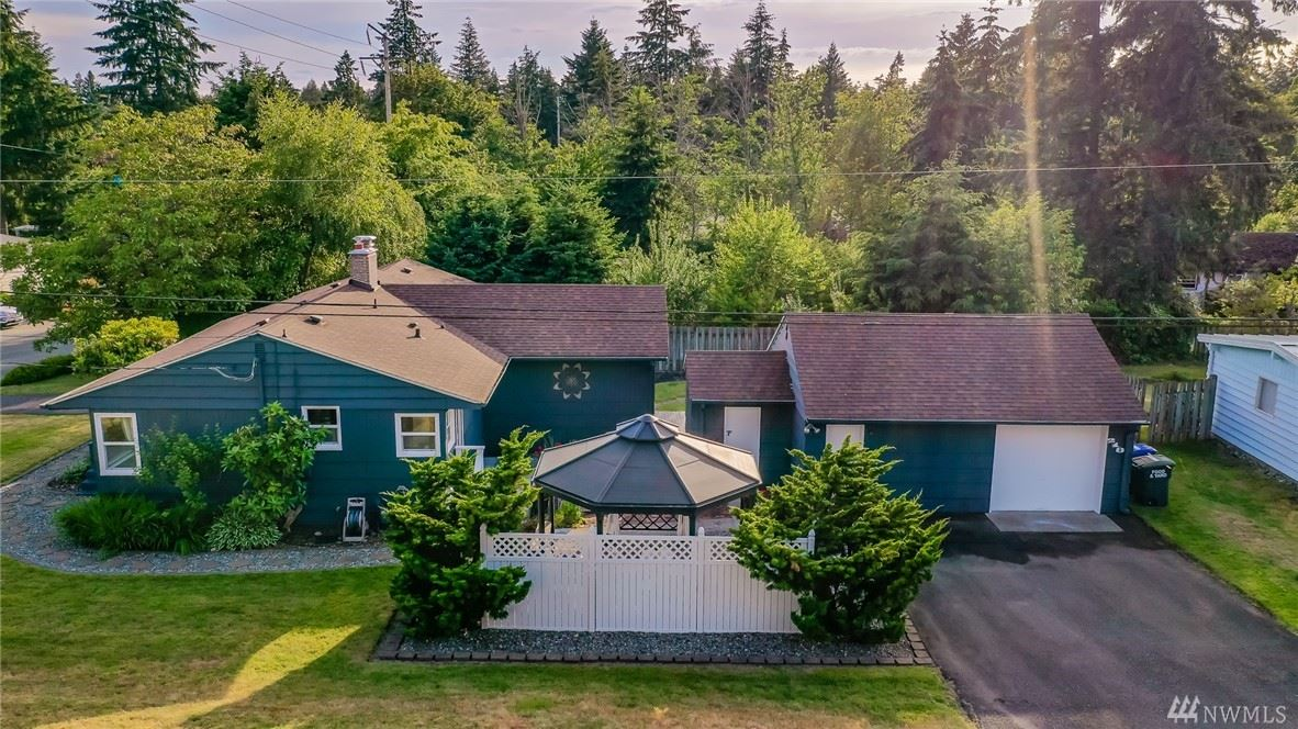 Photo of 218 S 206th Street, Des Moines, WA 98198 (MLS # 1611206)