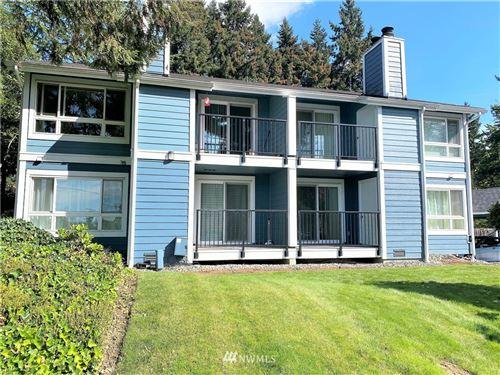 Photo of 3020 125th Avenue SE #6, Bellevue, WA 98005 (MLS # 1841207)