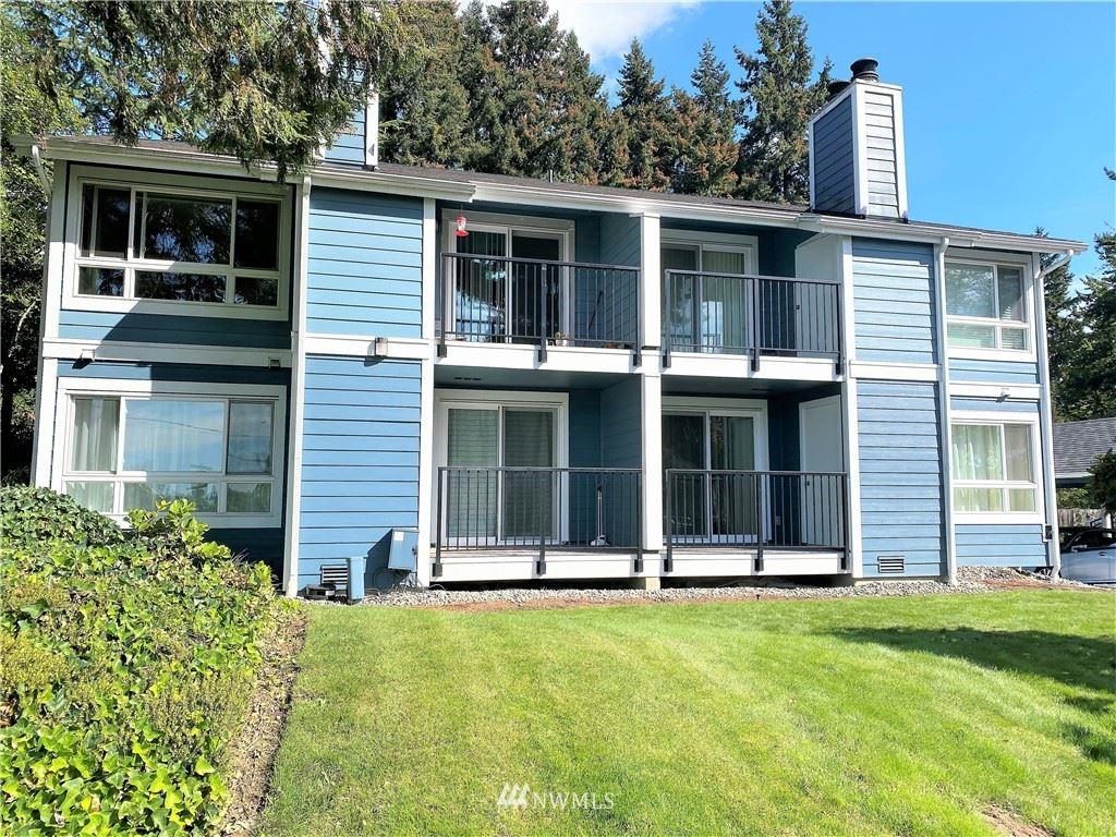3020 125th Avenue SE #6, Bellevue, WA 98005 - #: 1841207