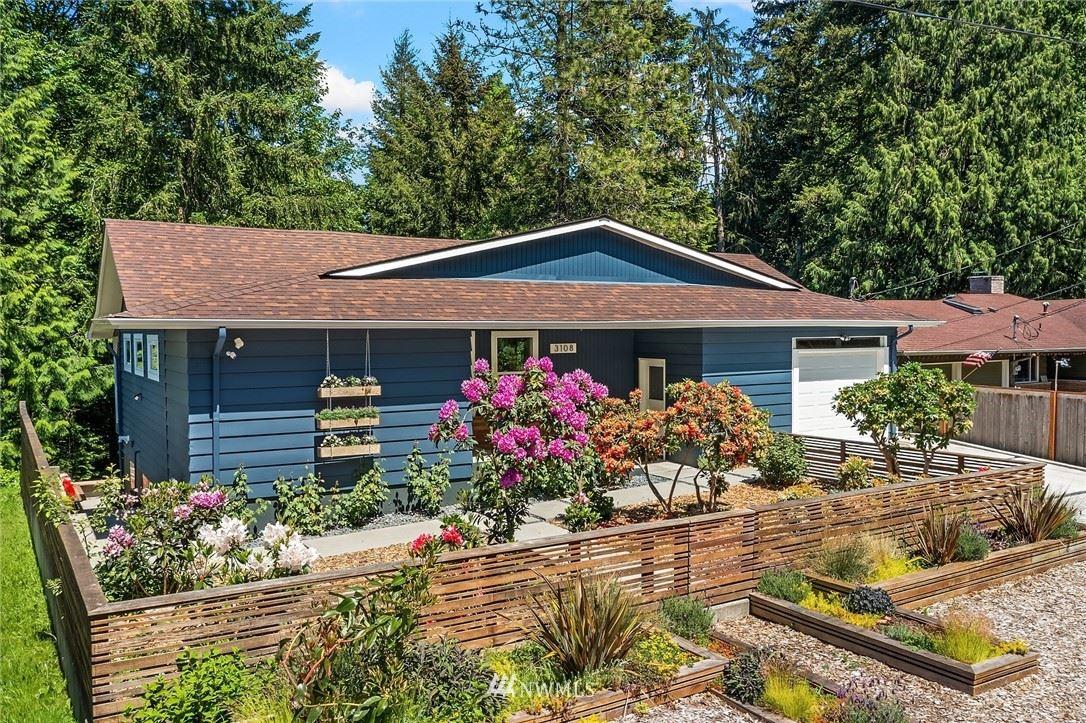 Photo of 3108 NE 117th Street, Seattle, WA 98125 (MLS # 1778208)