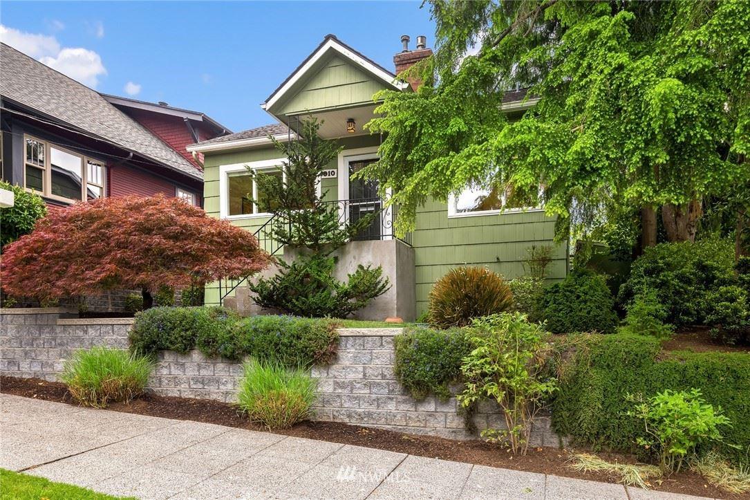 Photo of 910 N 78th Street, Seattle, WA 98103 (MLS # 1784208)