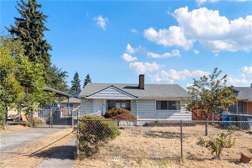 Photo of 1421 117th Street S, Tacoma, WA 98444 (MLS # 1814211)