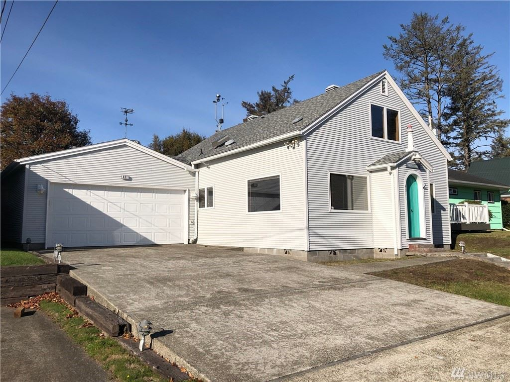 Photo for 4011 K Place, Seaview, WA 98644 (MLS # 1500211)