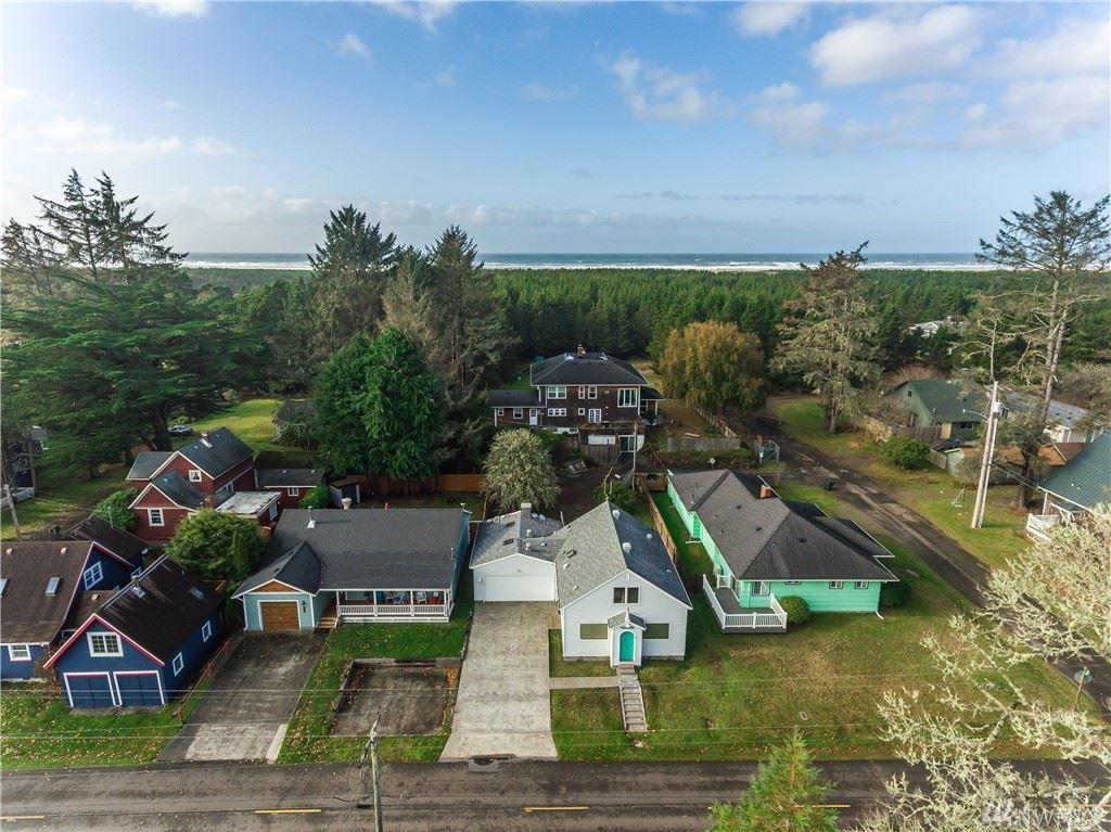 Photo of 4011 K Place, Seaview, WA 98644 (MLS # 1500211)