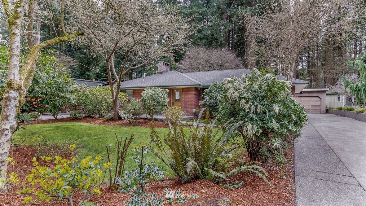 Photo of 143 SW 202nd Avenue, Normandy Park, WA 98166 (MLS # 1731215)