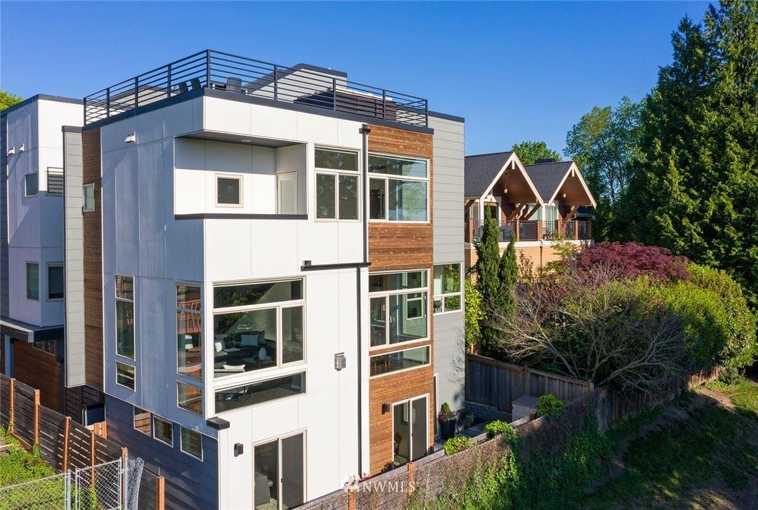 Photo of 928 34th Avenue, Seattle, WA 98122 (MLS # 1774215)