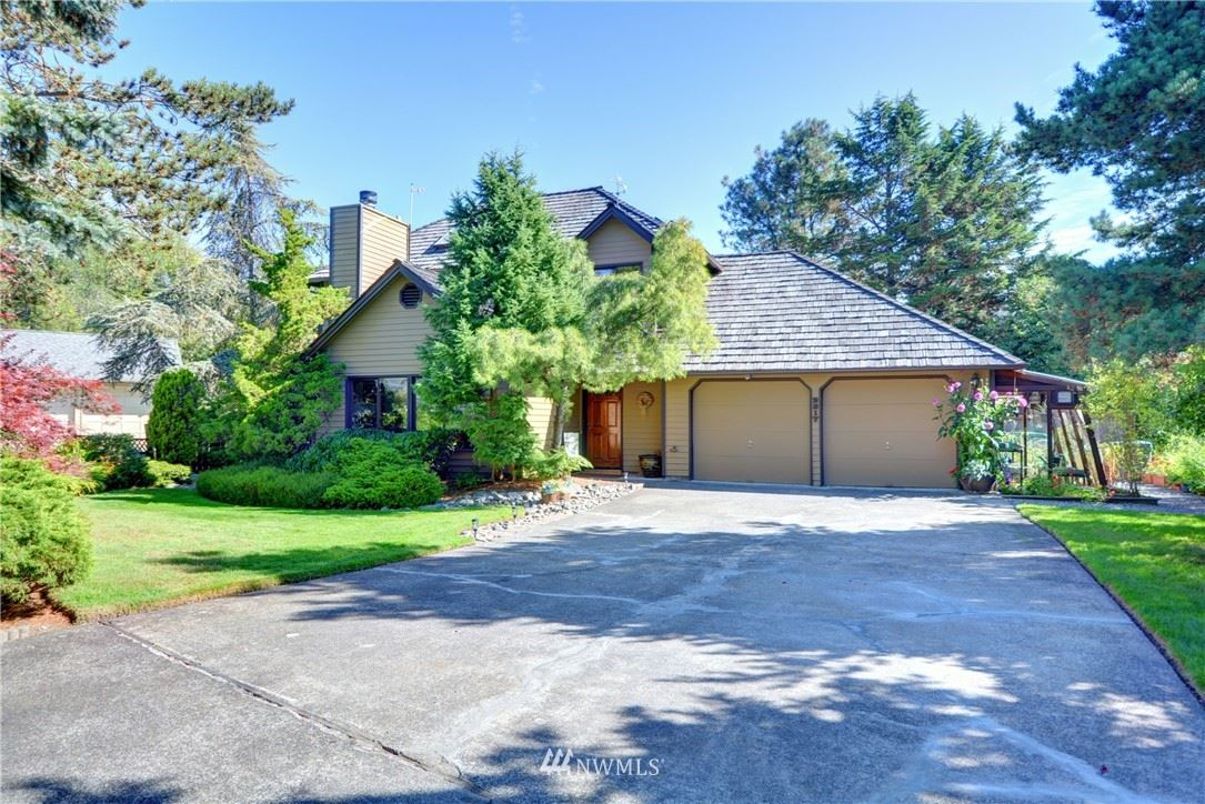 Photo of 2317 214th Place SW, Brier, WA 98036 (MLS # 1648216)