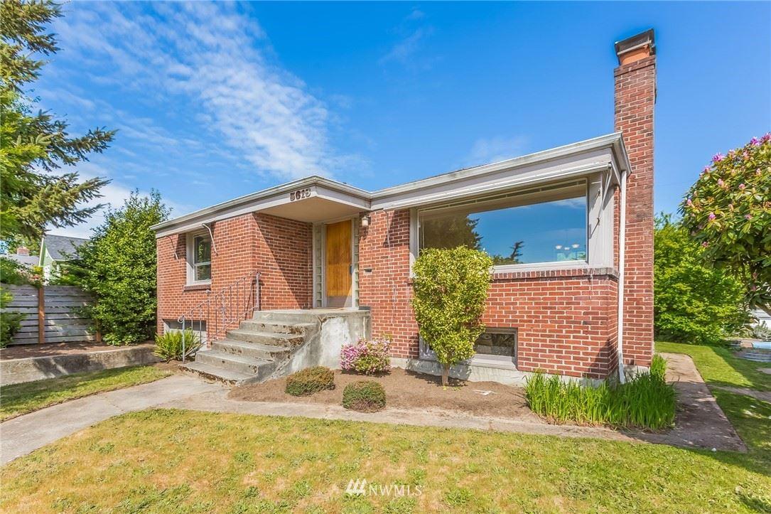 Photo of 5616 45th Avenue SW, Seattle, WA 98136 (MLS # 1773216)