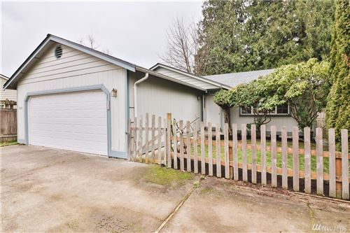 Photo of 2405 W Meadow Blvd, Mount Vernon, WA 98273 (MLS # 1547217)