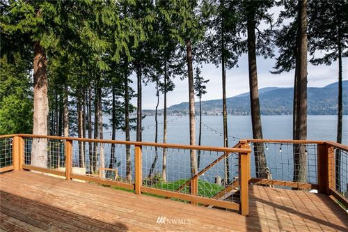 Photo of 2604 Woodcliff Lane, Bellingham, WA 98229 (MLS # 1733217)