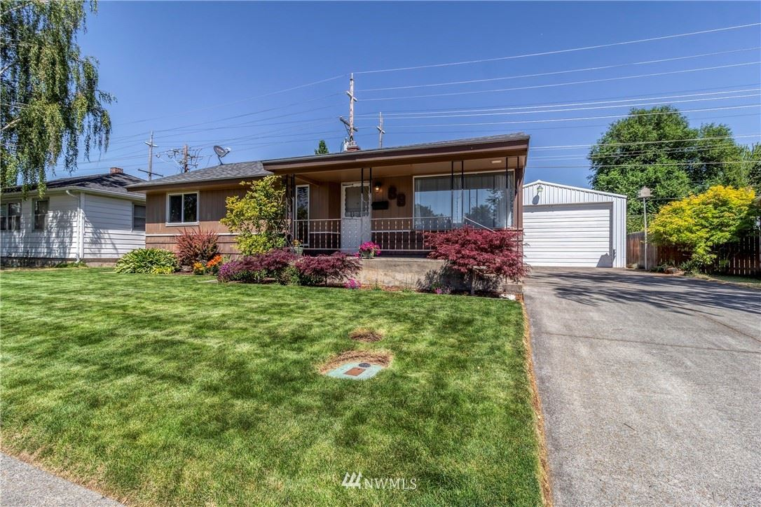 Photo of 68 Boyer Avenue, Walla Walla, WA 99362 (MLS # 1791217)