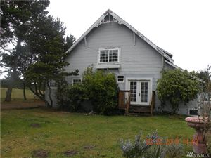 Photo of 401 Ocean Beach Blvd N, Long Beach, WA 98631 (MLS # 1386219)