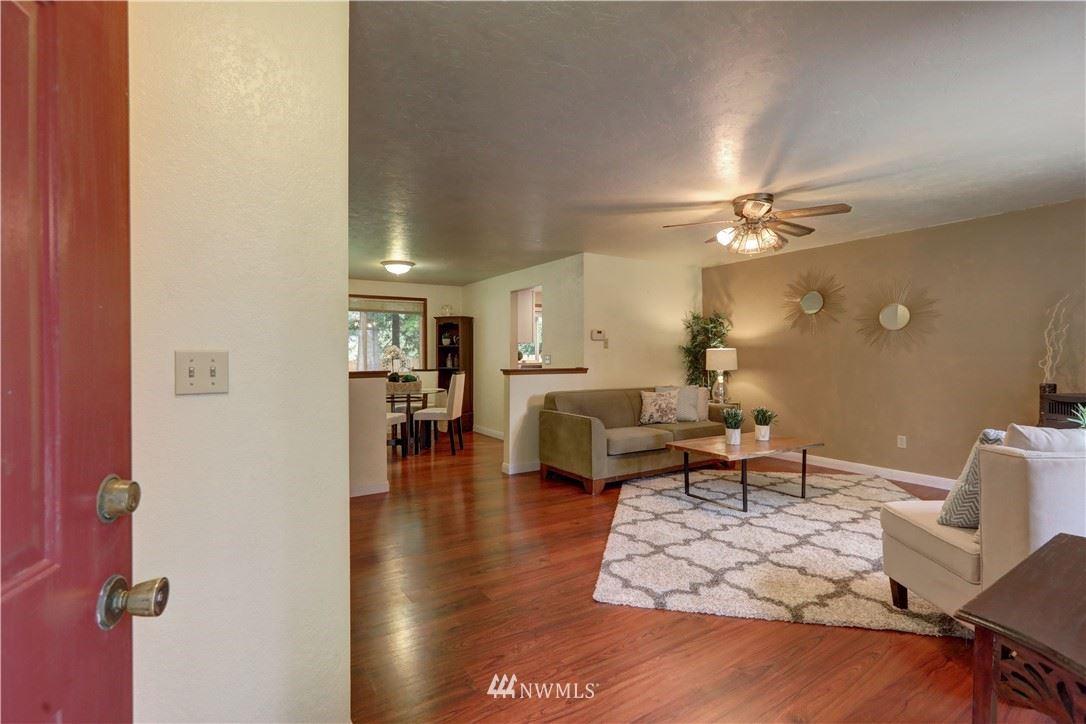 Photo of 10221 318th Avenue NE, Carnation, WA 98014 (MLS # 1770221)