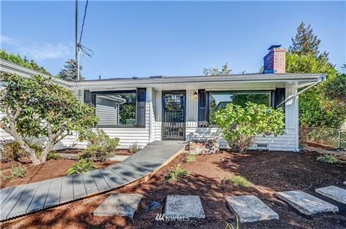 Photo of 16032 16th Avenue SW, Burien, WA 98166 (MLS # 1668223)