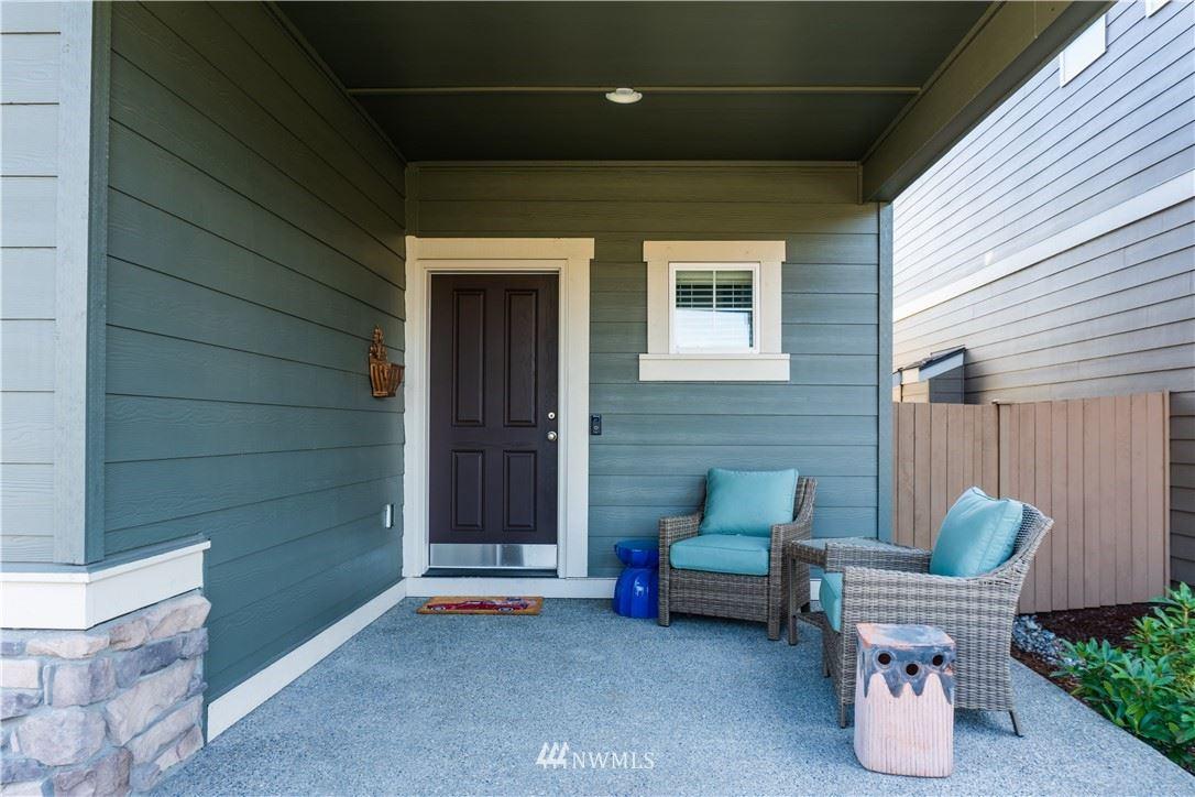 Photo of 1007 31st Street NW, Puyallup, WA 98371 (MLS # 1682224)