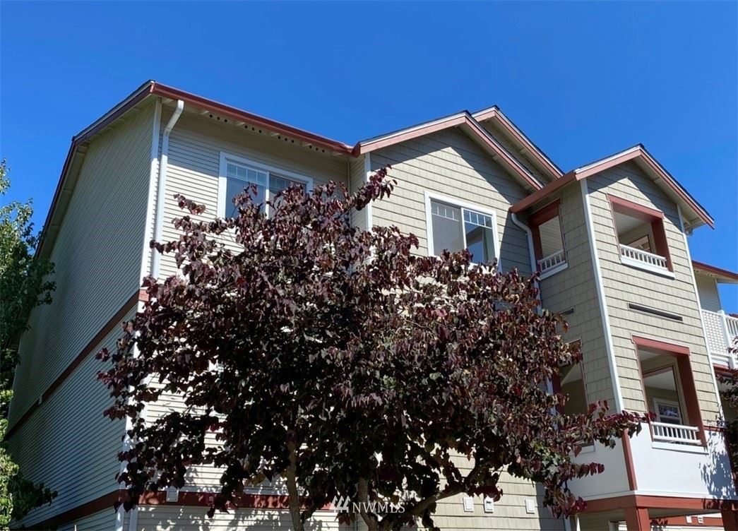 Photo of 14815 29th Avenue W #J301, Lynnwood, WA 98087 (MLS # 1653226)